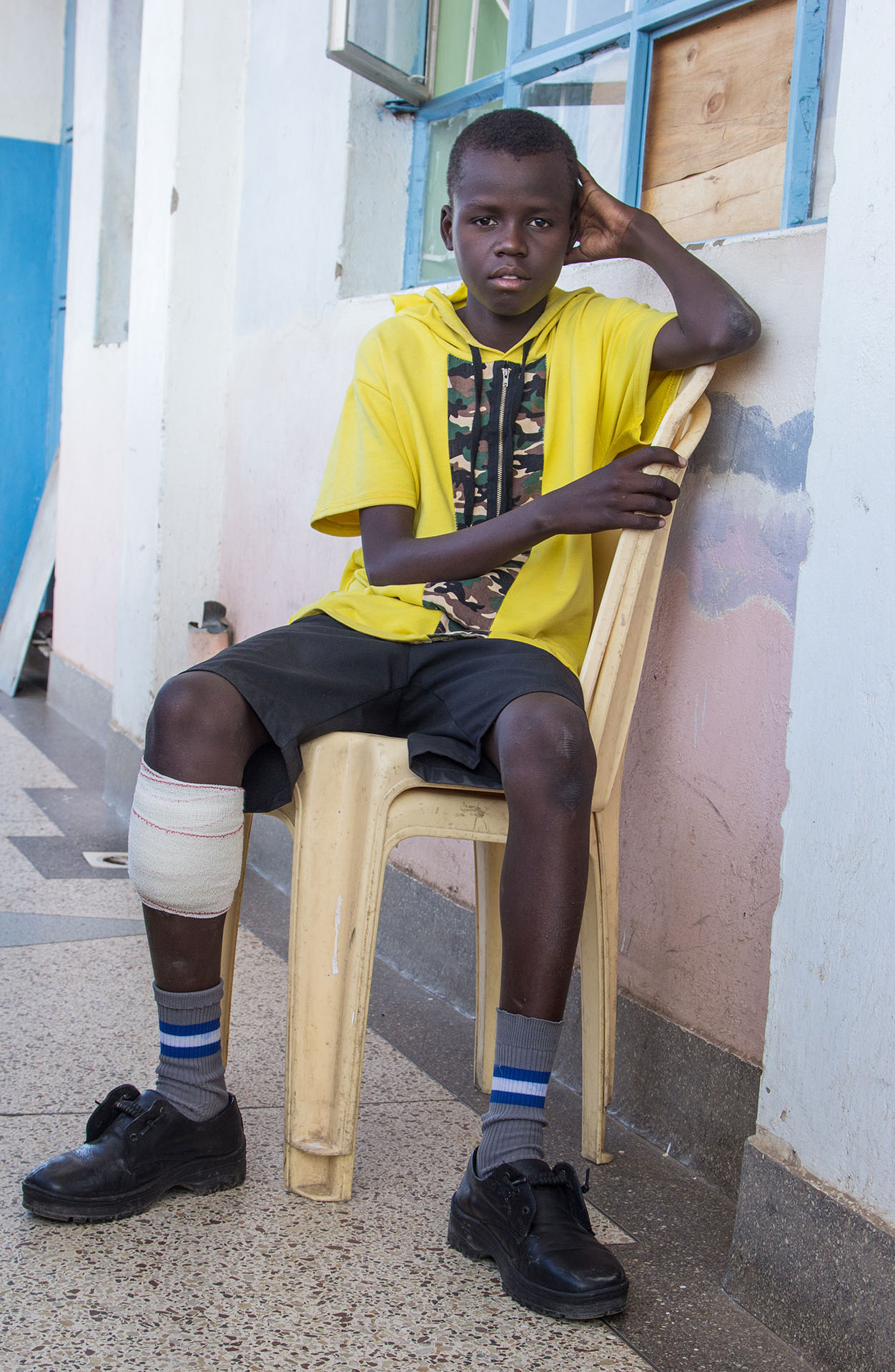 Leg injury threatens teen boy's life; here's how you can help!