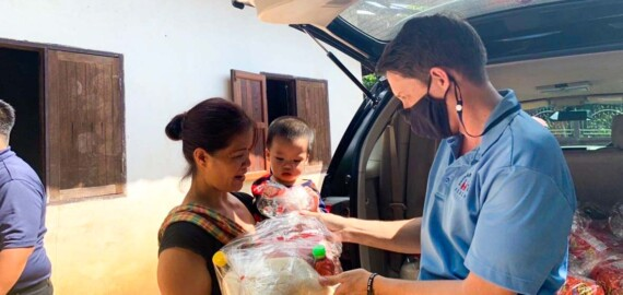 Preston Coursey, Kristin Coursey, Chiang Mai, Thailand, Covid, food relief